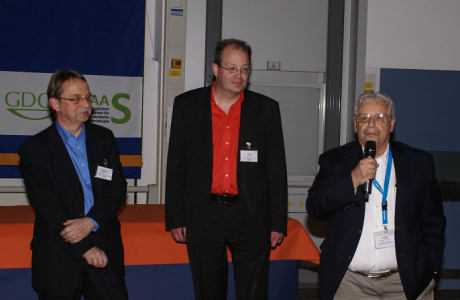 Phot of the Co-chair Michael Sperling, Chair Uwe Karst and Joe Caruso during the closing ceremony