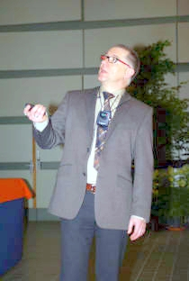 Photo of Frank Vanhaecke during his lecture